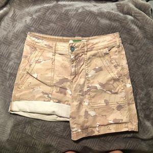 Anthropologie Wanderer Camo shorts